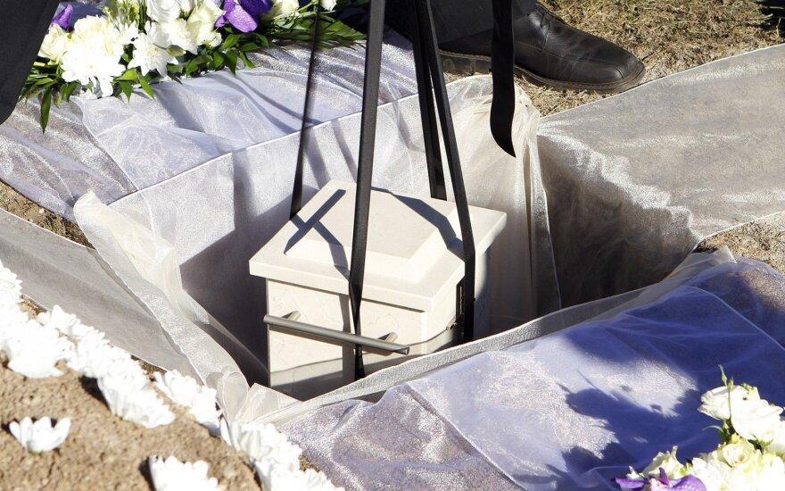 Siūlo gyvenimą po mirties, bet retas lietuvis susivilioja pasiūlymu