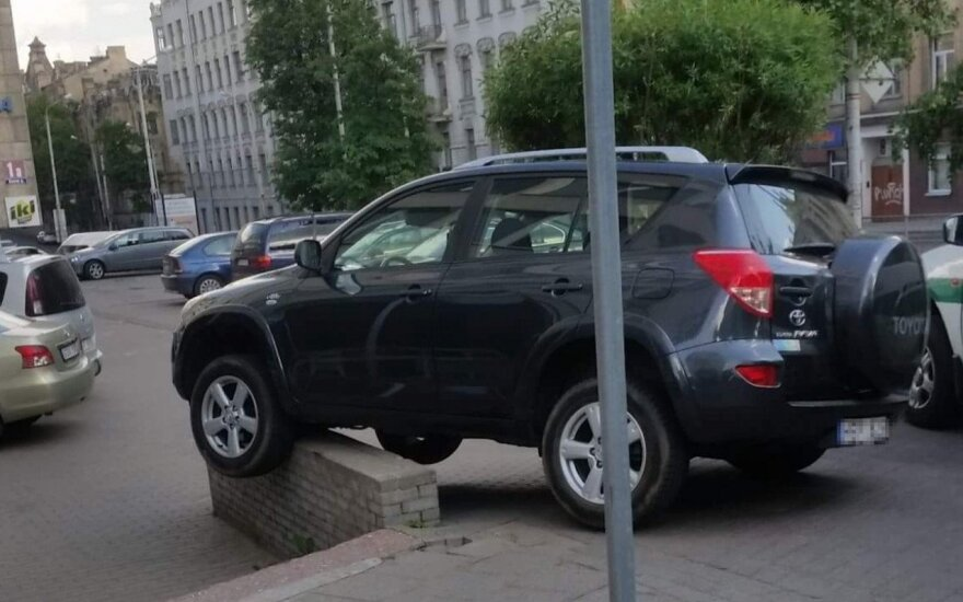 Vilniuje – drąsus automobilio statymo sprendimas?