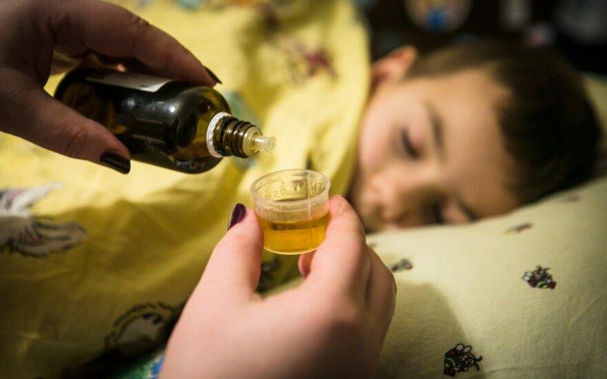 Primena: nuo šiol gydytojai nebeišduos vaiko ligą patvirtinančios pažymos