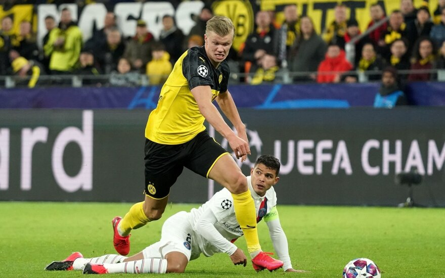 """Dortmundo """"Borussia"""" perlas Erlingas Brautas Haalandas"""