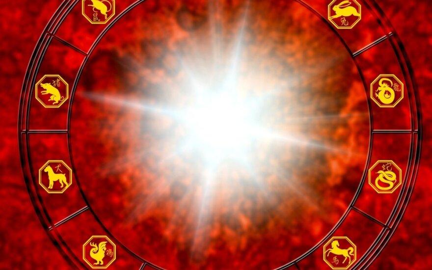 Astrologės Lolitos prognozė spalio 8 d.: netikėtumų diena