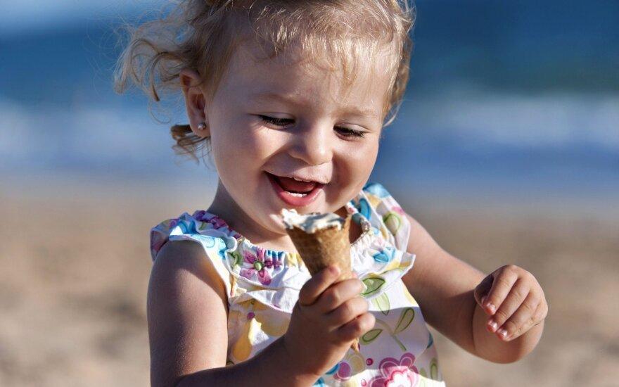 Kodėl per šeimos atostogas turėtumėte nepirkti vaikams ledų