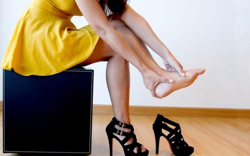 Patarimai pilnapadžiams: ką daryti, kad kojų neskaudėtų