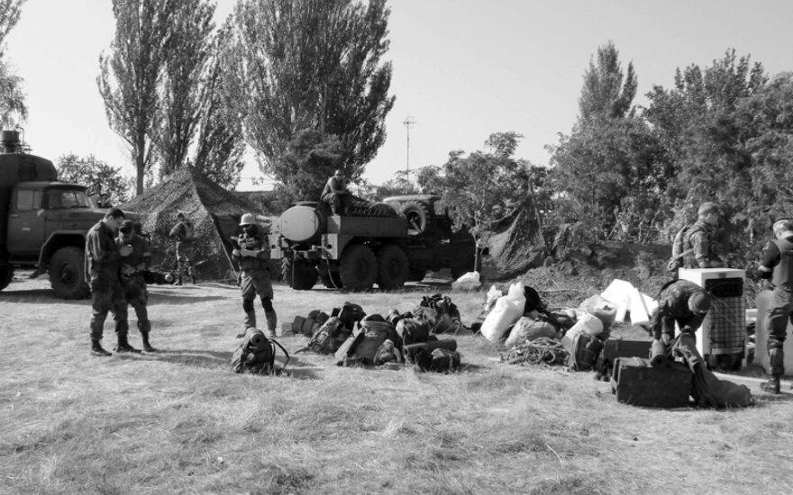 Susirinkimas prieš išskrendant. Kramatorskas. 2014 m. rugpjūčio 6 d. (A. Palval)