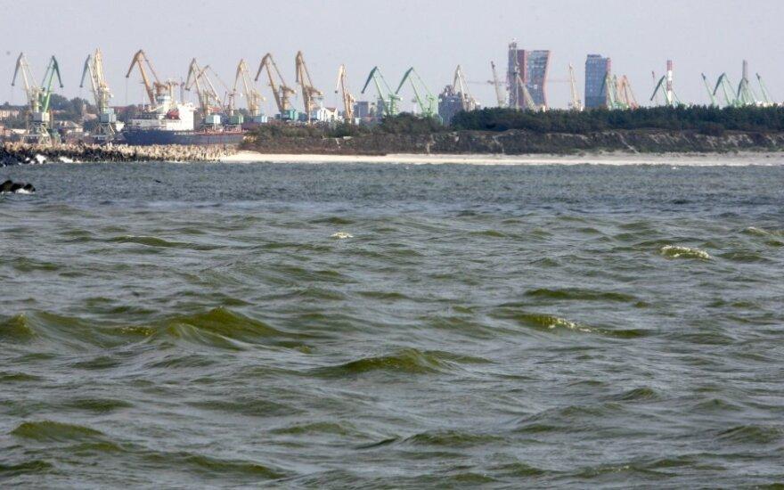 Ar atleis Klaipėdos jūrų uostą nuo dividendų mokėjimo, spręsis po dviejų savaičių