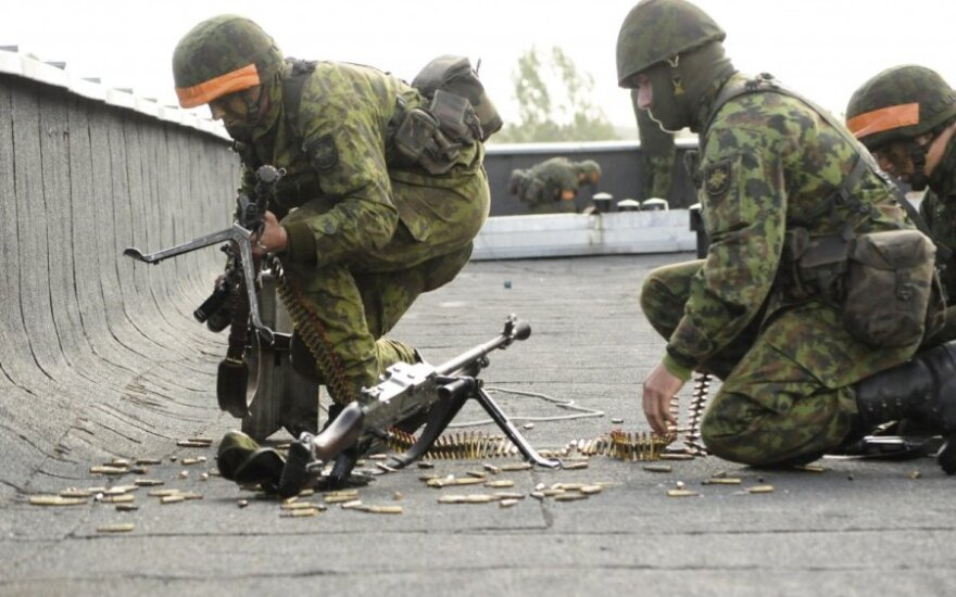 Up to 350 Lithuanian soldiers to take part in international operations in 2015