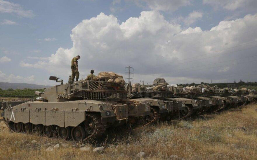Izraelis pakartojo grasinimą atakuoti Irano taikinius Sirijoje