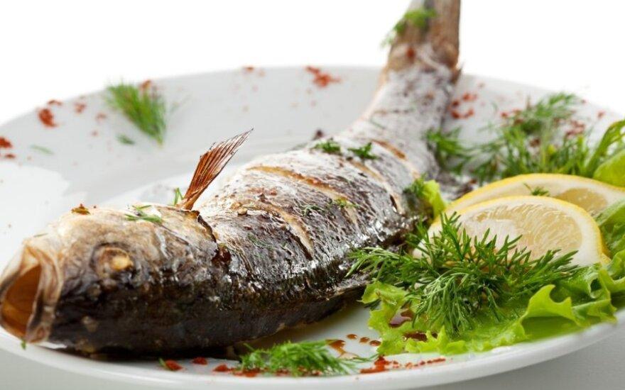 Žuvis, įdaryta grybais