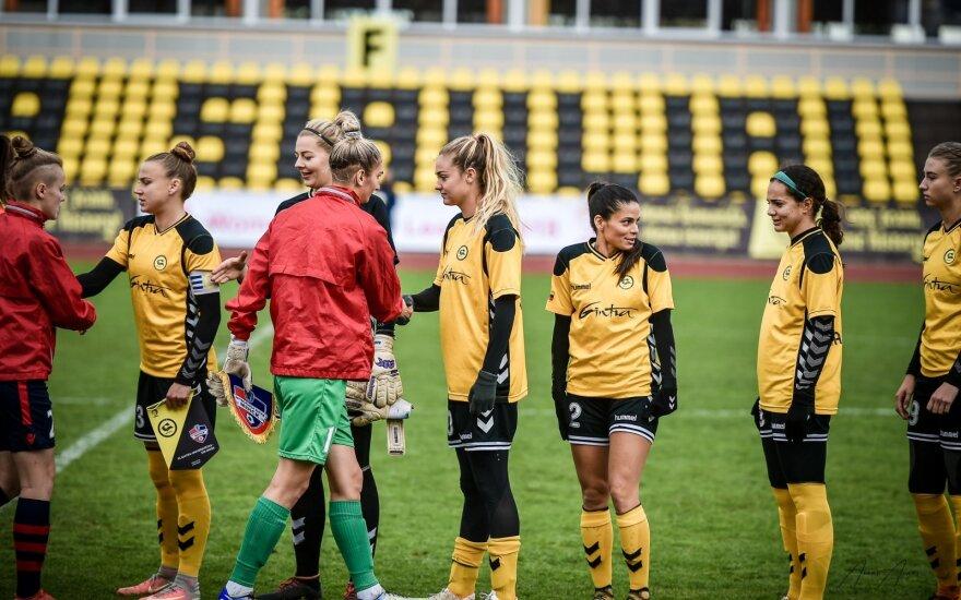 Moterų futbolas (A. Kazlausko nuotr.)