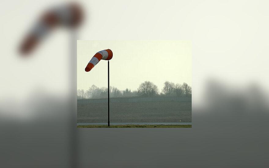 Vėjo kripties rodyklė, oro uostas