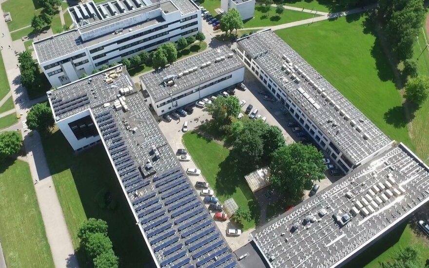 Saulės elektrinės ant KTU stogo