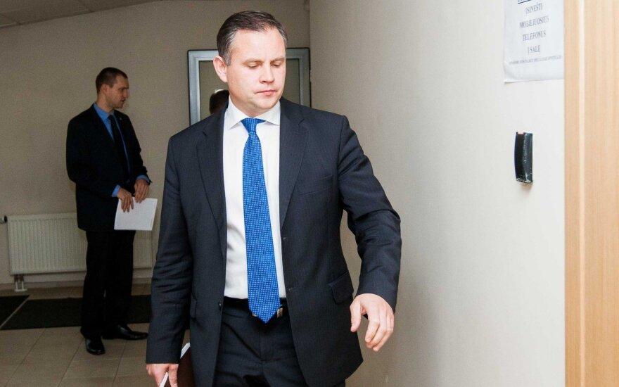 D. Petrošius. Vieno Seimo nario paskleistas šmeižtas valdo valstybę