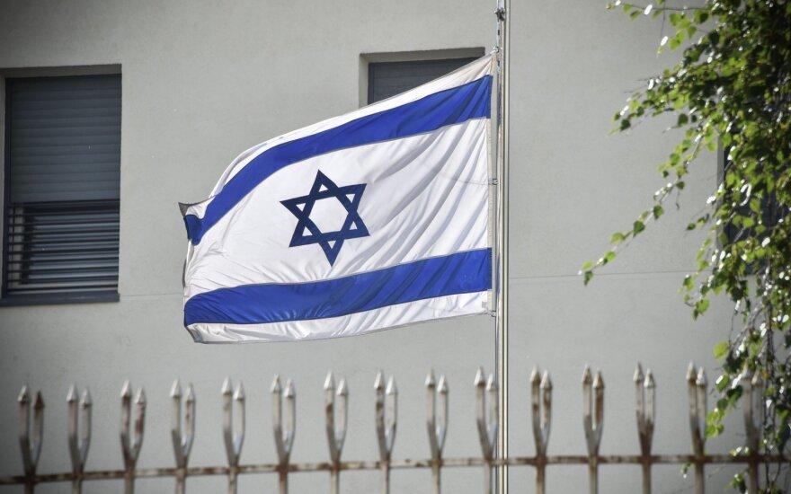 Sprogdinti grasinusiam Izraelio pilietybę turinčiam amerikiečiui skirta 10 metų nelaisvės