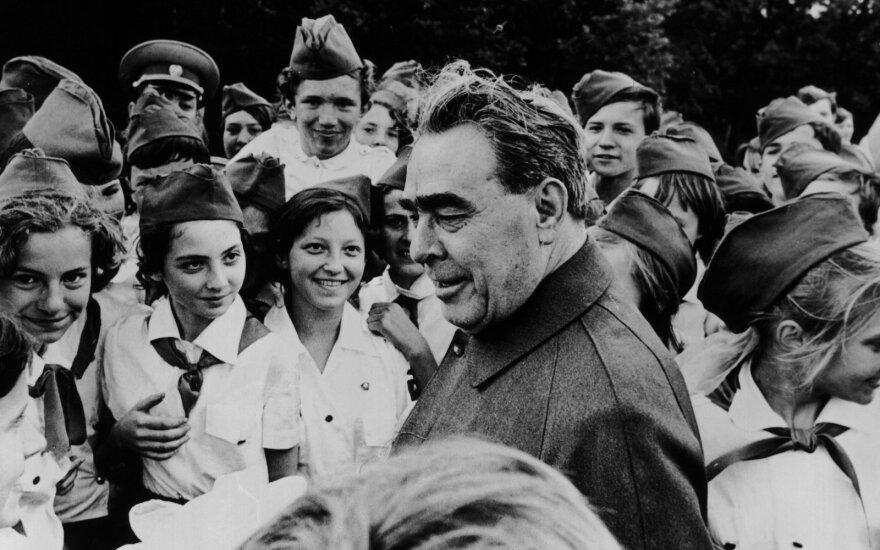 Ilgas Brežnevo moterų sąrašas: už tai, kad teko atsisakyti meilužės, žmonai niekada neatleido