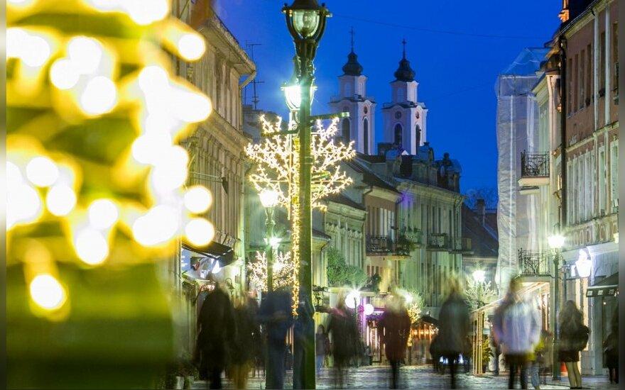 Kaunas pasipuošė Kalėdoms