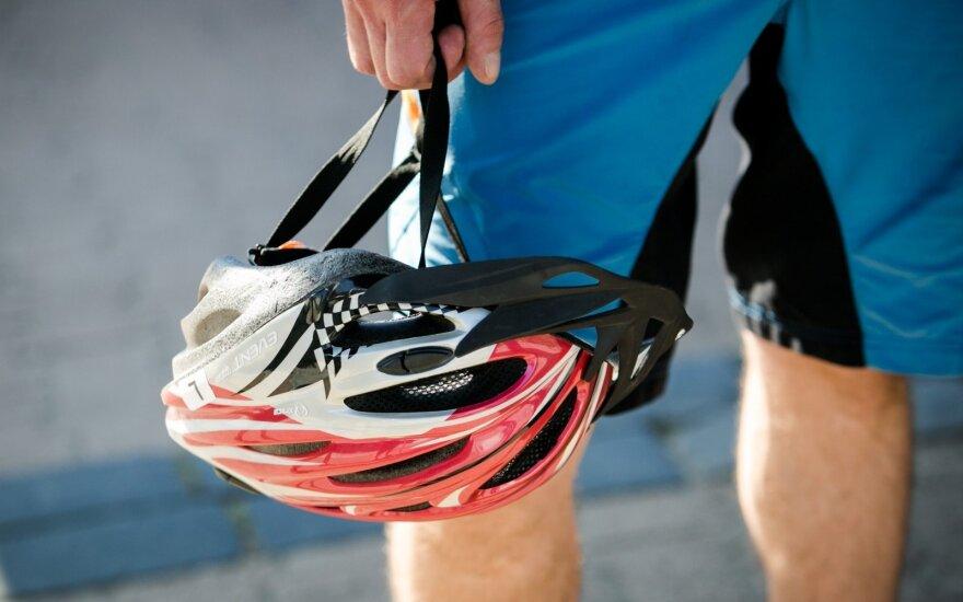 Po teigiamo dopingo testo 90-metis dviratininkas neteko čempiono titulo
