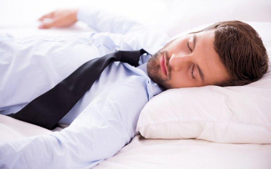 7 popietės miego privalumai