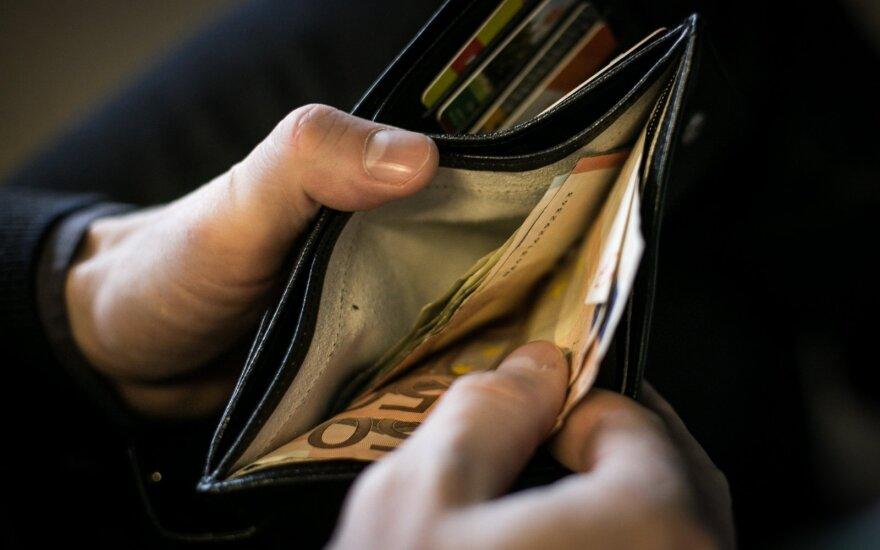 Tėveliai, jau galite ruoštis praverti pinigines: kiek šiemet studentams kainuos bendrabučio ar buto nuoma