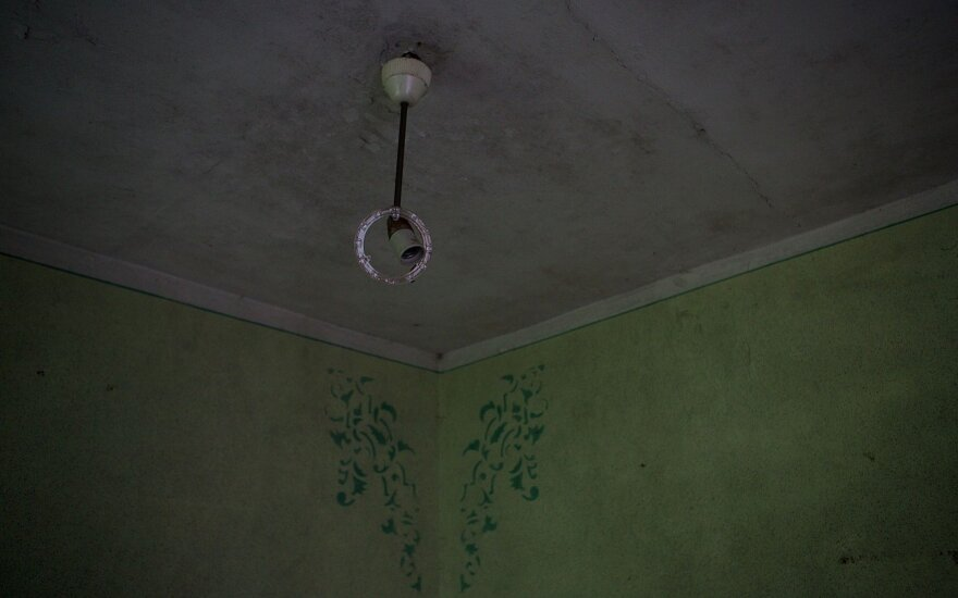 Mirusio vyro namuose negalėjo atsipalaiduoti – sulaukė keisto ženklo