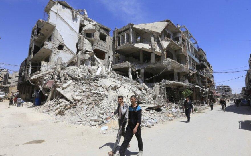 JAV žada nebeskirti lėšų Sirijos atstatymui, kol ten bus Irano karių