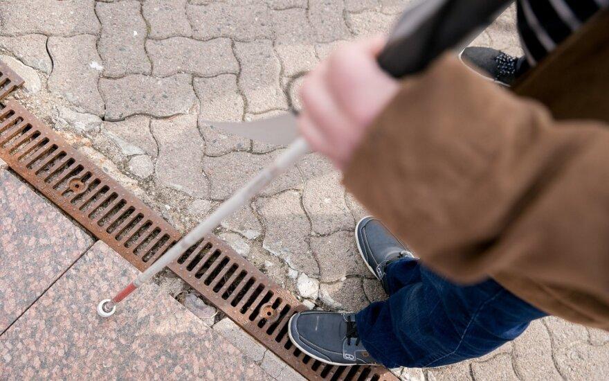 Sistemoje mato spragą: žmonės slėps neįgalumą arba papildys bedarbių gretas