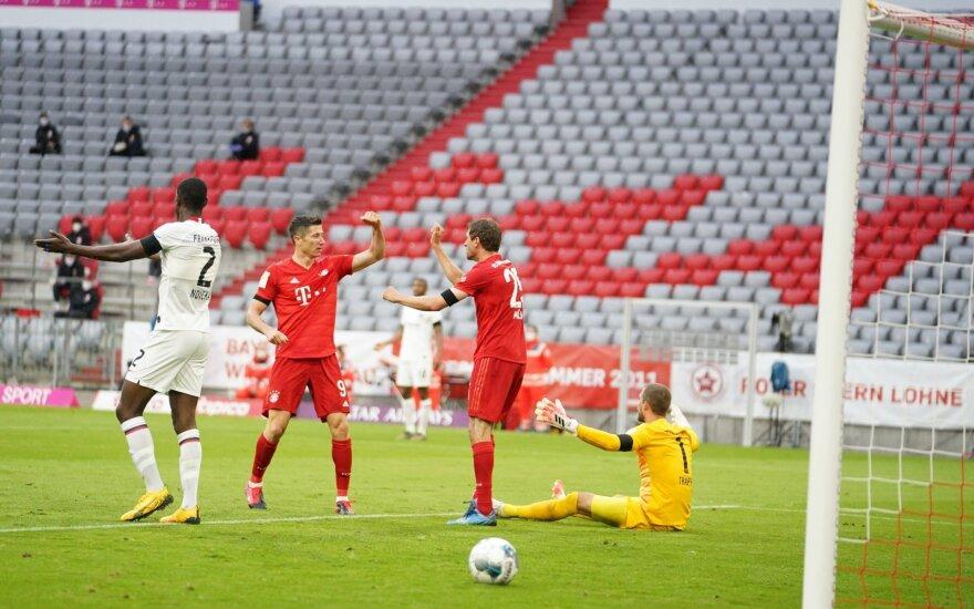 """""""Bayern"""" praleido du įvarčius per 3 minutes, bet taškų neprarado"""