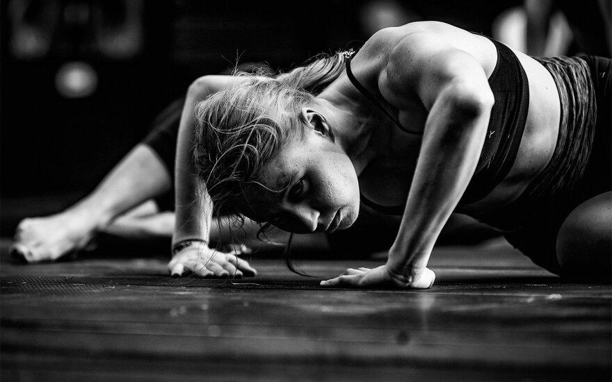 """""""Devilstone"""" menai ir įdomybės: nuo Joan Cornellà iki kūno spektaklių"""