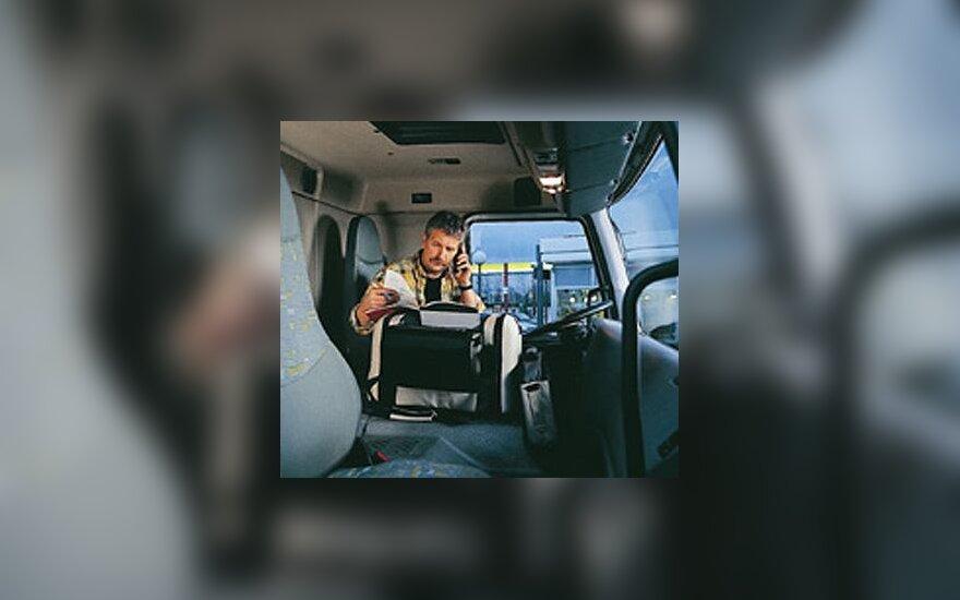 Sunkvežimis, sunkvežimio vairuotojas