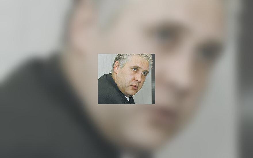 R.Zujevas