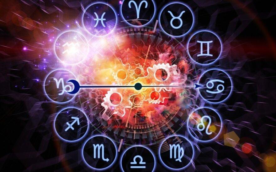 Astrologės Lolitos prognozė lapkričio 21 d.: santarvės su savimi diena