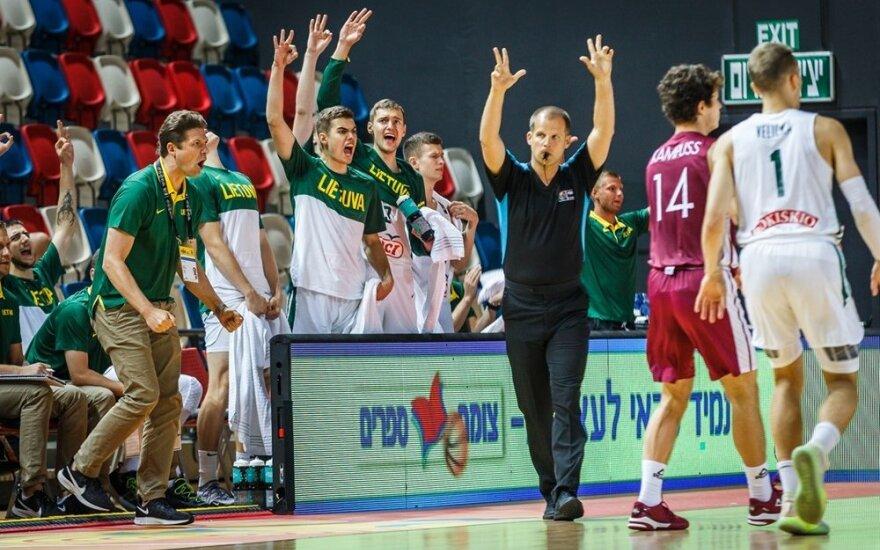 Lietuviai į ketvirtfinalį žengė su vėjeliu – baltų derbyje į latvių krepšį suvertė net 114 taškų