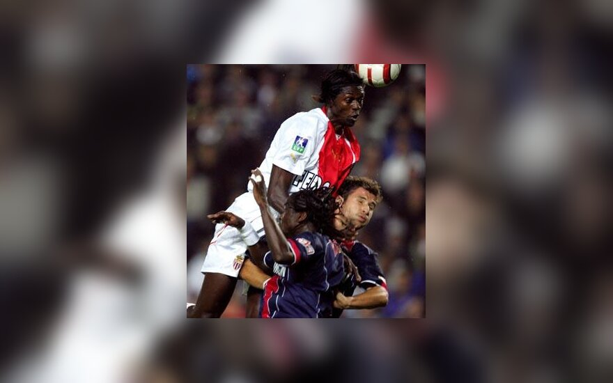 "Emmanuel Adebayor (""AS Monaco"")"