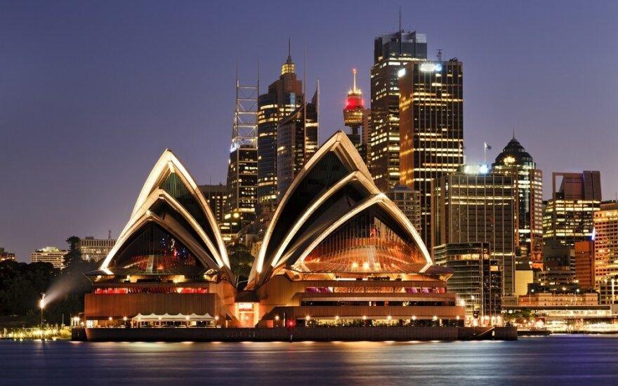 Kaip kandidatuojant į parlamentą Australijoje galima užsidirbti milijonus