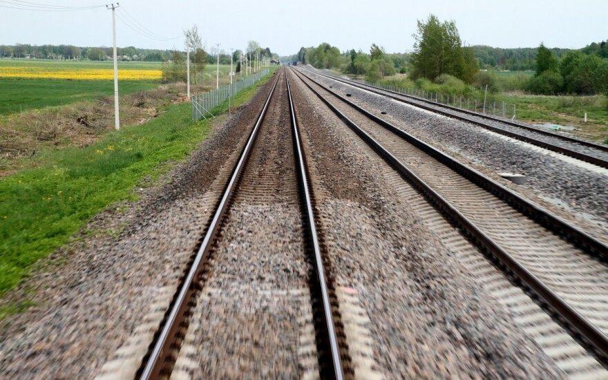 """""""Rail Baltica"""" koordinatorius Estijoje: estai yra lėčiausi"""