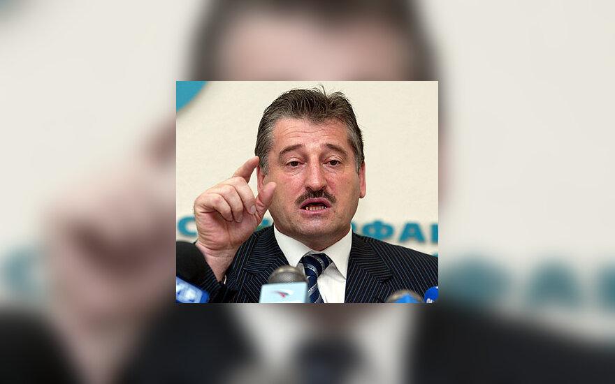 Alu Alchanovas
