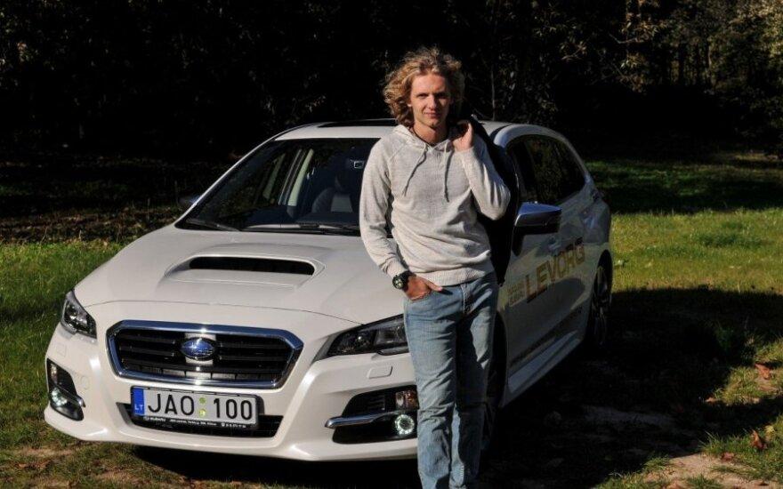 "D.Butvilas išbandė naująjį ""Subaru Levorg"""