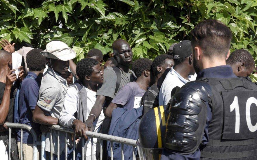 Prancūzijos policija išvaikė 450 migrantus iš stovyklos Nante