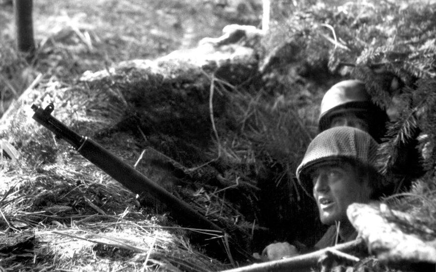 Antrojo pasaulinio karo sąjungininkės mini Ardėnų operacijos 75-ąsias metines