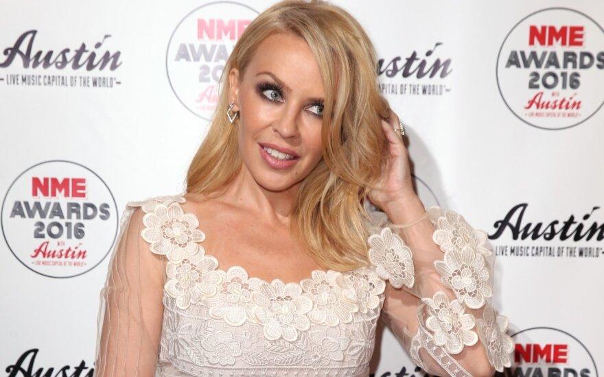 Tobulo Kylie Minogue užpakaliuko paslaptis – aukštakulniai