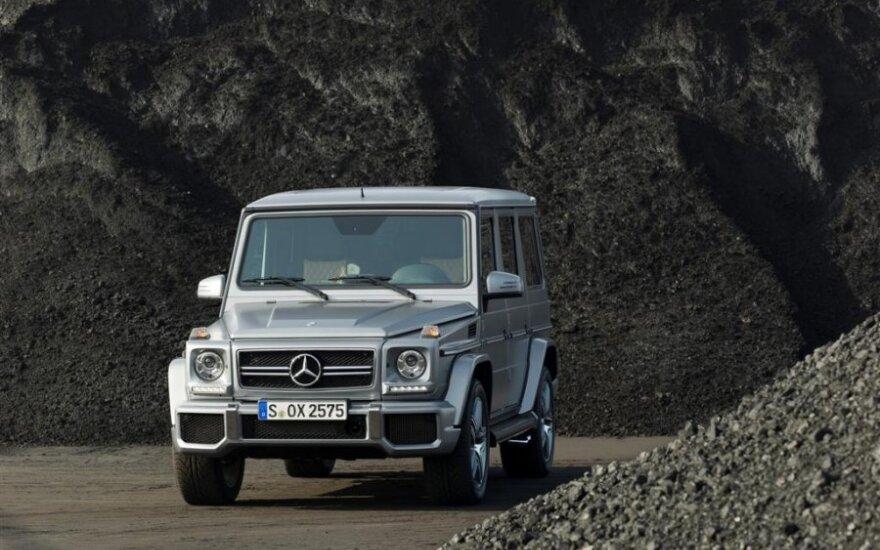 """Paskelbtos atnaujinto G klasės """"Mercedes"""" kainos"""