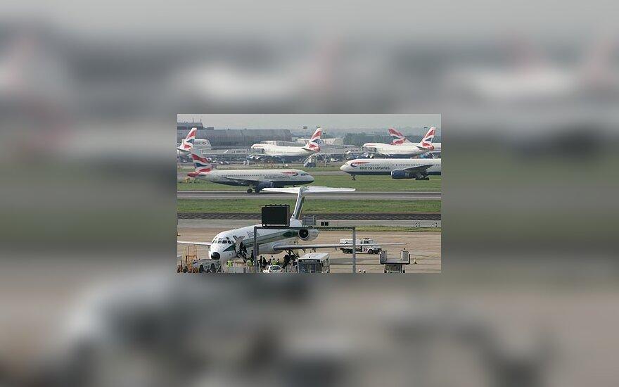 Oro uostas, lėktuvai
