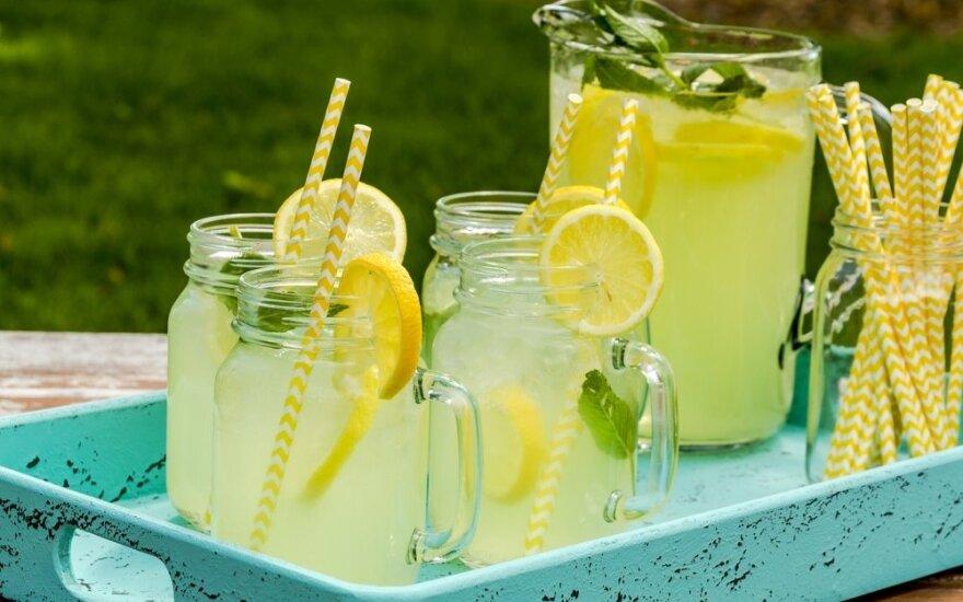Kai norisi gaivumo: tobulo naminio limonado receptas
