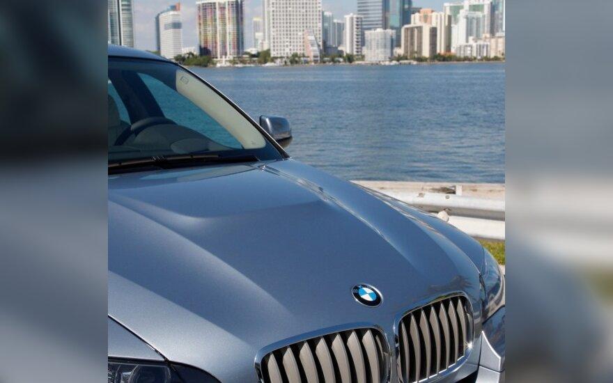 BMW X4 turėtų pasirodyti 2014 m.