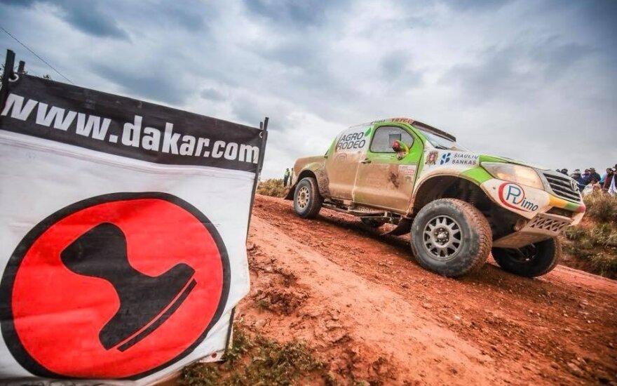 Vaidotas Žala apie šeštąjį Dakaro etapą: varėm kaip ežiukai rūke