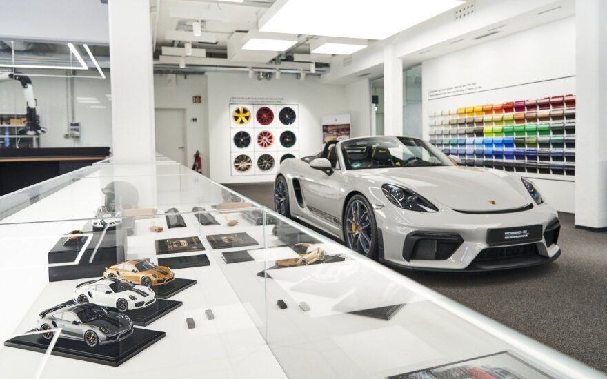 """""""Porsche"""" personalizavimo galimybės (Radu Chindris nuotr.)"""