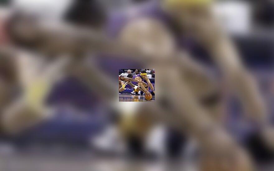 "Derek Fisher, ""Lakers"""