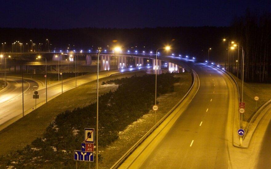 Įspėjimas vairuotojams: keliuose – plikledis
