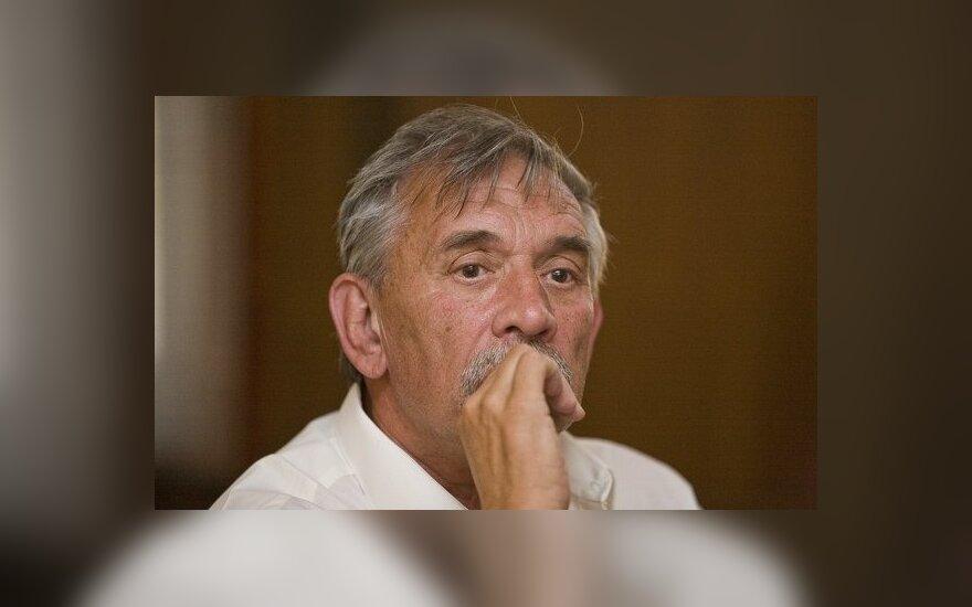 Mirė aktorius ir režisierius Viktoras Valašinas