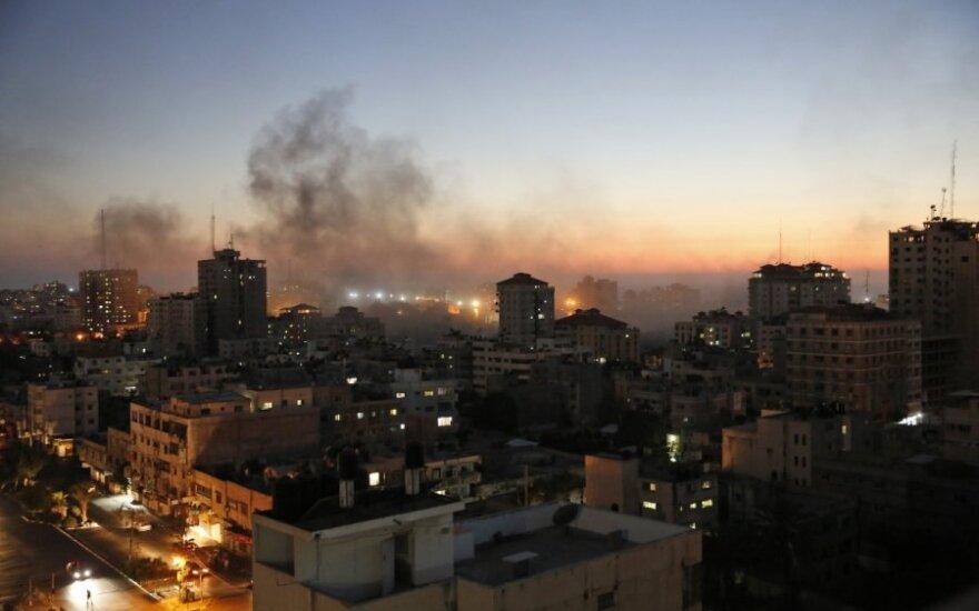 """Gazoje įsigaliojo naujos 72 valandų paliaubos tarp Izraelio ir """"Hamas"""""""