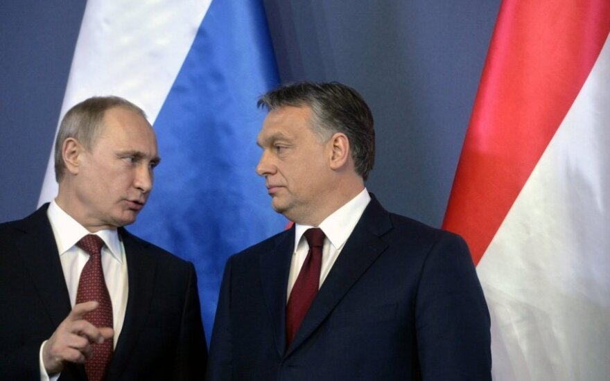 Viktor Orban, right, with Russian President Vladimir Putin